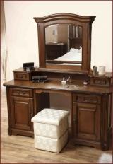 Toaleta cu Oglinda Rafael